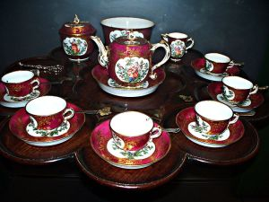 798px-WLA_vanda_English_Tea_Set_18th_century